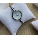 GG 腕時計 ブランド バングルウォッチ  レディース 金属時計 シルバー 白黒文字盤 耐衝撃 ブレスレット コピー