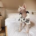 ルイヴィトン ドッグウェア 犬服 パジャマ 小型犬 超小型犬 猫服 愛犬 モノグラム プリント Tシャツ春秋用可愛い上着 柔らかい 犬服 ブランド パロディペット洋服 部屋着 寝間着 抜け毛対策ドッグウエアカバーオール秋冬 防寒