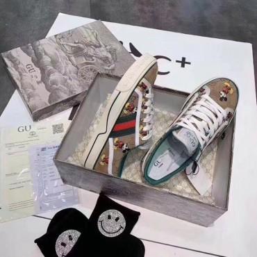 GG ディズニー コラボ スニーカー ブランド キャンバス靴 DISNEY X GG コピー テニス ミッキー 1977 ウェブ ミニー GG スプリーム のロートップスニーカー メンズ レディース