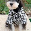 ペットウェア 猫犬服 ブランド ディオール コピー モノグラム オシャレ 犬のTシャツ かっこいいネコちゃん トップス ボタン付き かわいい半袖 柔らかい 洋服 薄い 通気性 ストレート系 肌 触りよい 猫ウェア 小中大型ペット対応
