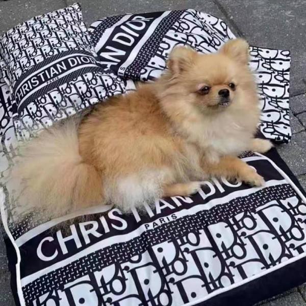 Diorペット用品 犬の枕 ベッドマット 掛け布団 3点セット 猫寝具 ディオール ドッググッズ 柔らかい 快適 洗える 肌触りよい 掃除しやすい 暖かい 下敷き 保温 繰り返し使用 ファッション犬用品