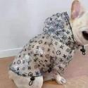ブランド ルイヴィトン ペット服 犬用 レインコート 雨具 ペット用品 猫 レインポンチョ 防水 防雪 透明おしゃれ 帽子付き 梅雨対策 小型犬 中型犬 ファッション