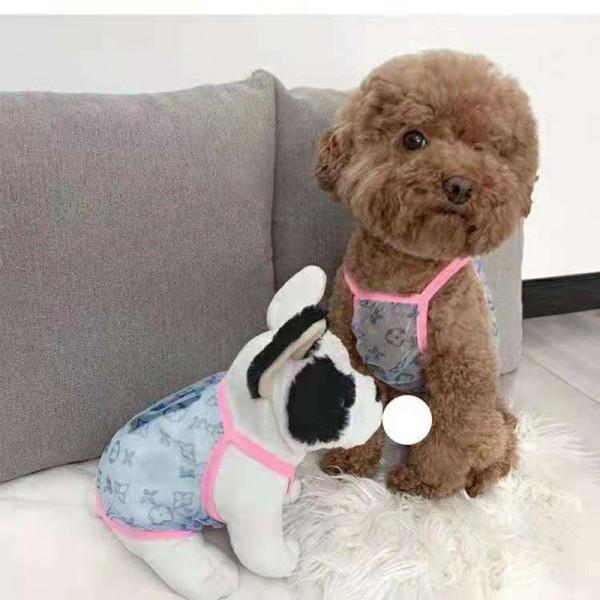 ルイ・ヴィトン ブランド ペット 服 ベスト モノグラム ネット紗 通気性 犬 チョッキ 薄手 紡糸  可愛い 猫服 柔らかい 夏対策 ふわふわ 小中型犬 対応 おしゃれ お出かけ 散歩 内着きキュート