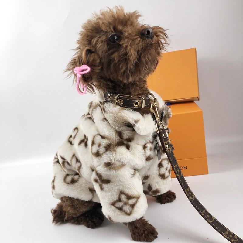 ルイヴィトン風 LV 犬首輪リード 小中大型犬 犬のお散歩グッズ