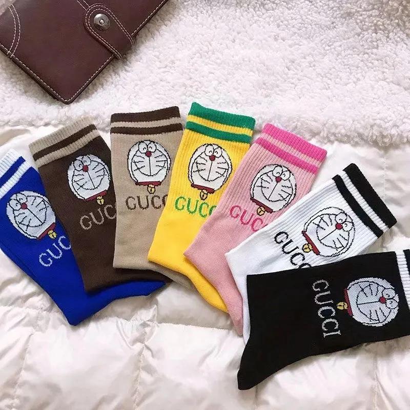 ドラえもんGGコラボ ブランド 靴下 シリーズ  一点セット キャンディ色 gg 綿製 吸汗性 通気 冷え性 個性 ミドルソックス おしゃれ 男女通用