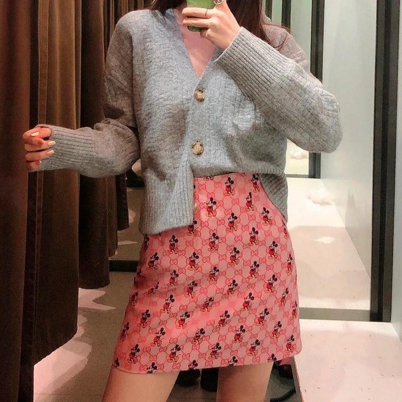 GG x ディズニーコラボ ピンク系スカート  Aライン ミッキーマウス ブランド プリント入り GGロゴ 短い ヒップスカート