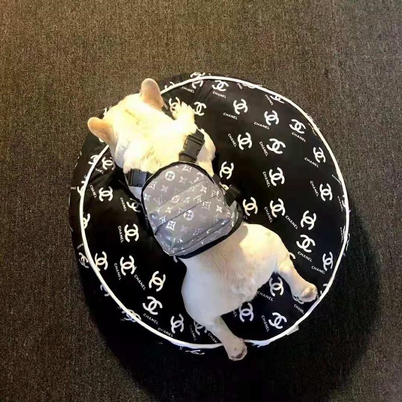 シャネルChanel夏のアボカドペットスリーピング ブランド マット犬用ベッド クッション 犬小屋アイスシルク 冷却パッド 犬用猫の巣 ソファ子犬