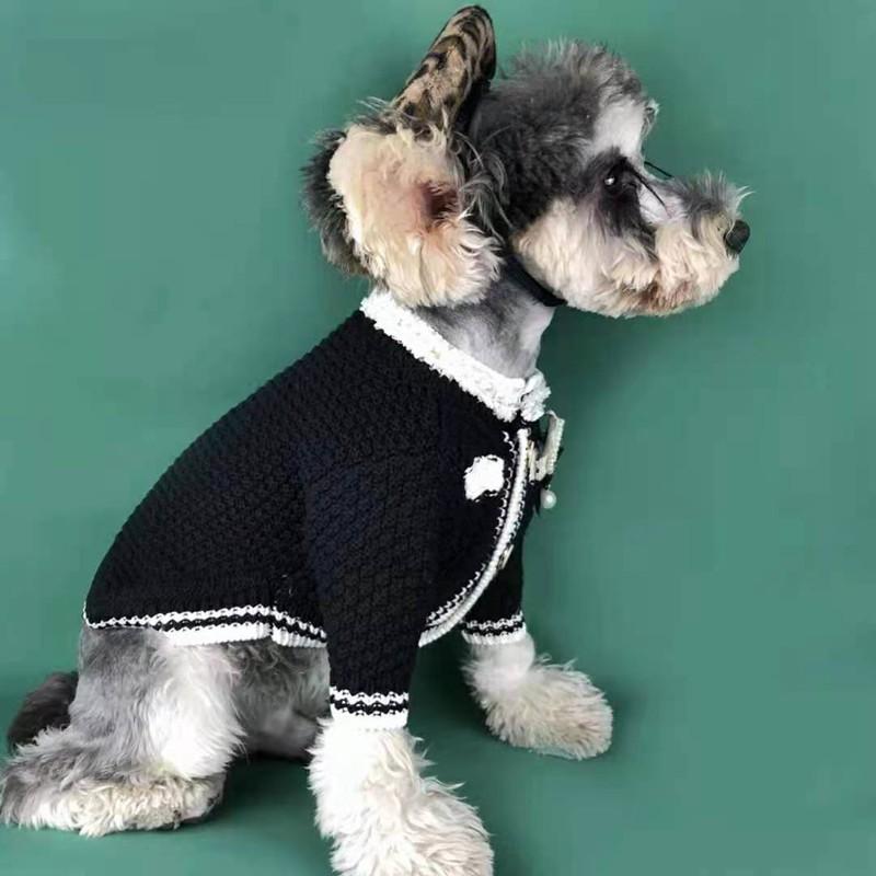シャネル 犬服 ワンちゃん用 ニットセーター ペット服 ドッグウェア CHANEL バッジ柄 偽真珠 ジャケット 猫用コート ブランド チワワ