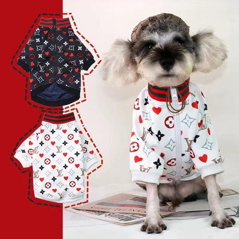 LVブランド犬用品犬秋冬服暖かい洋服小中大型ペットウェア